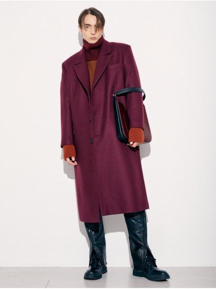 Пальто бордовое