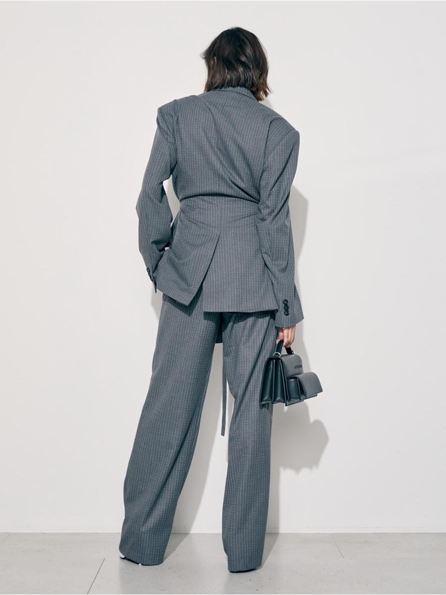 Жакет серый в белую полоску