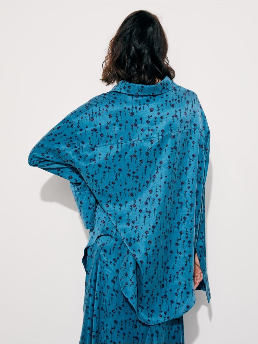 Рубашка синяя в цветочек