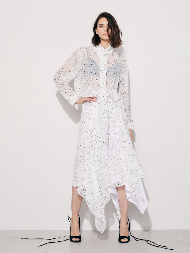 Блуза белая в горошек
