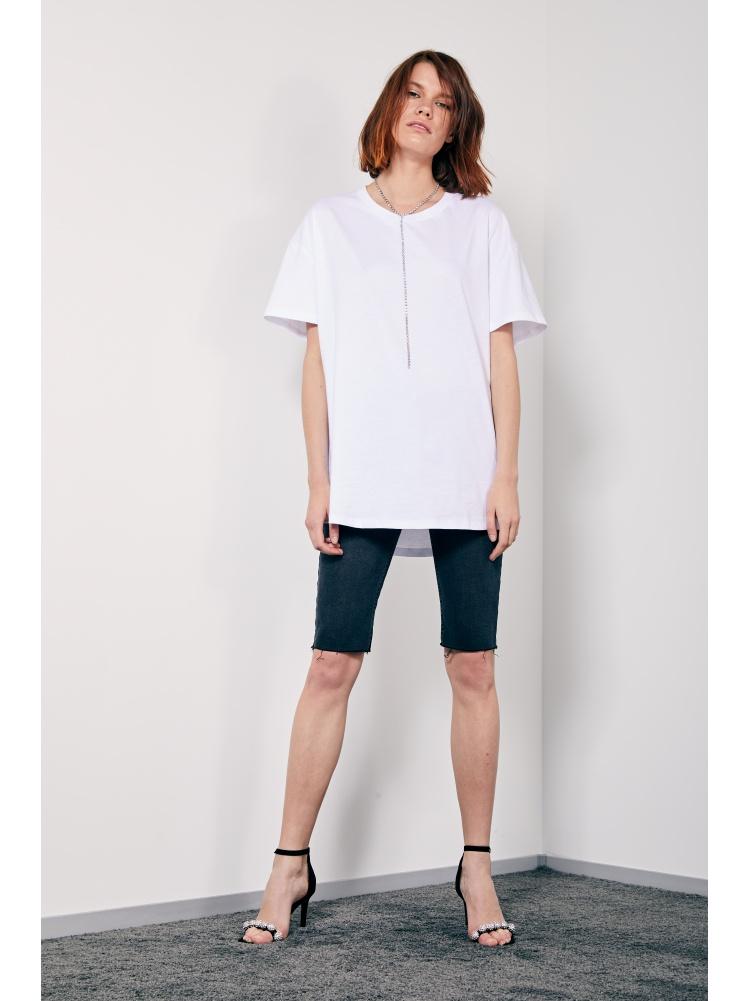Белая футболка fit