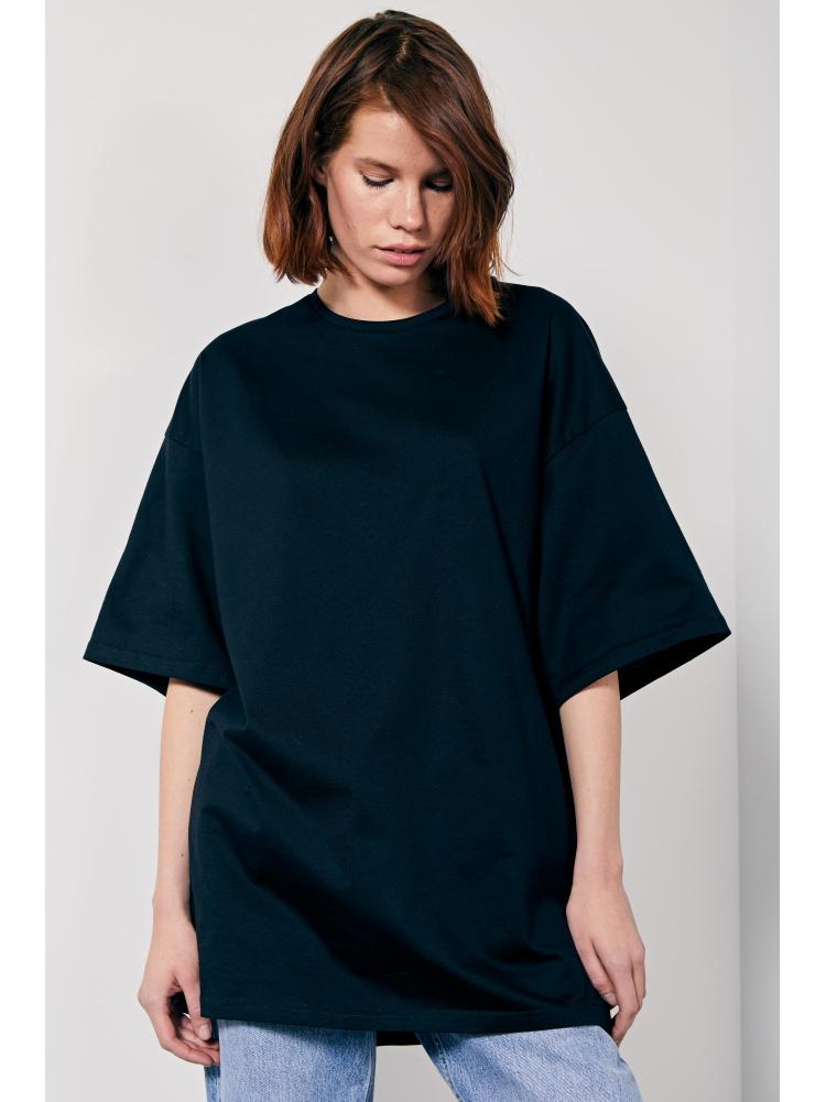 Черная футболка oversize