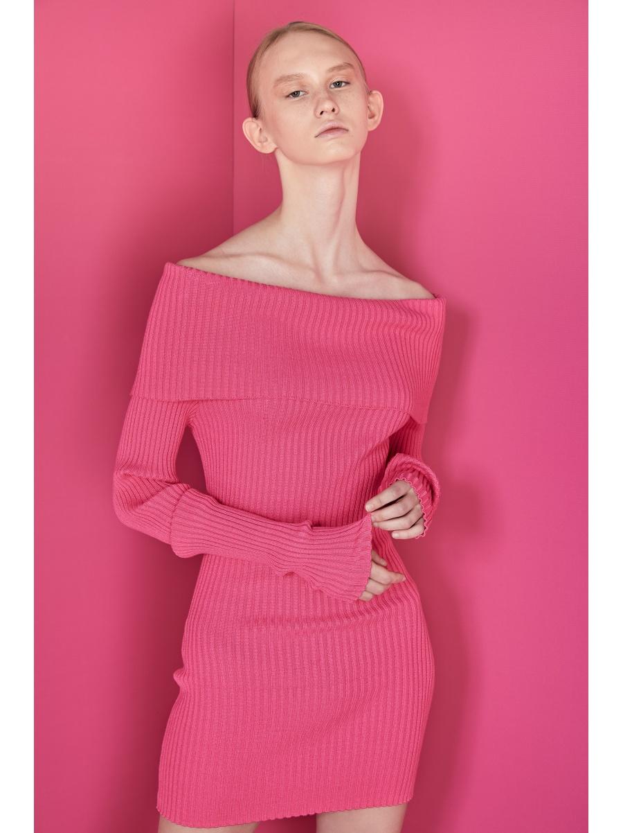 Платье трикотажное pink